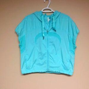 ⬇️ RARE Vintage Lululemon running vest